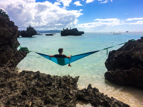 Phillippines, hammocking over the ocean