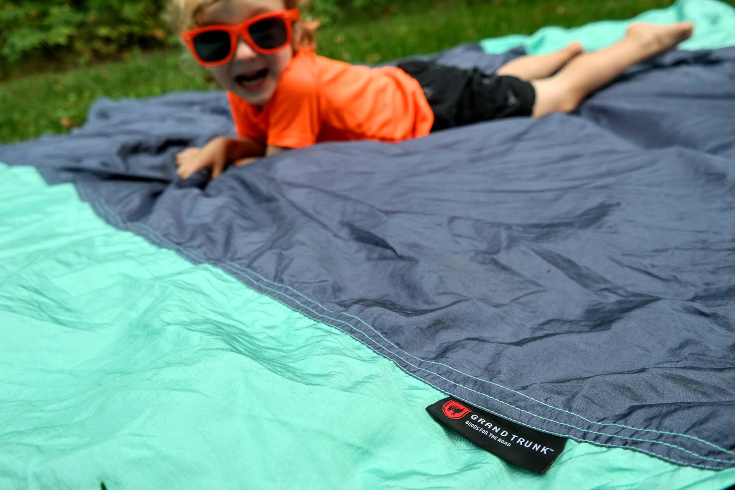 Grand Trunk Parasheet blanket - Perfect for Tailgates!