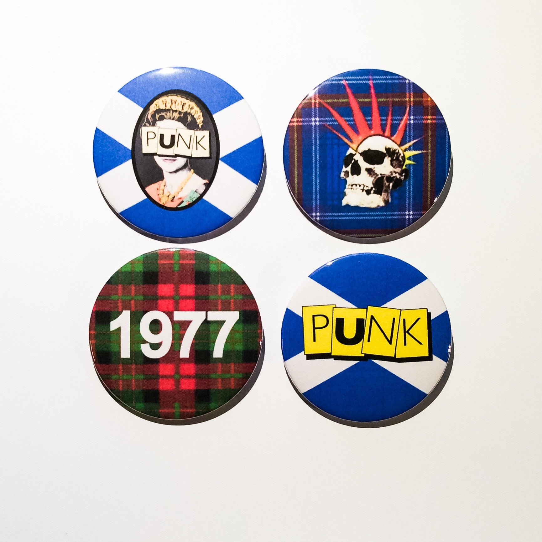 Punk Collection in 4 designs 59mm size