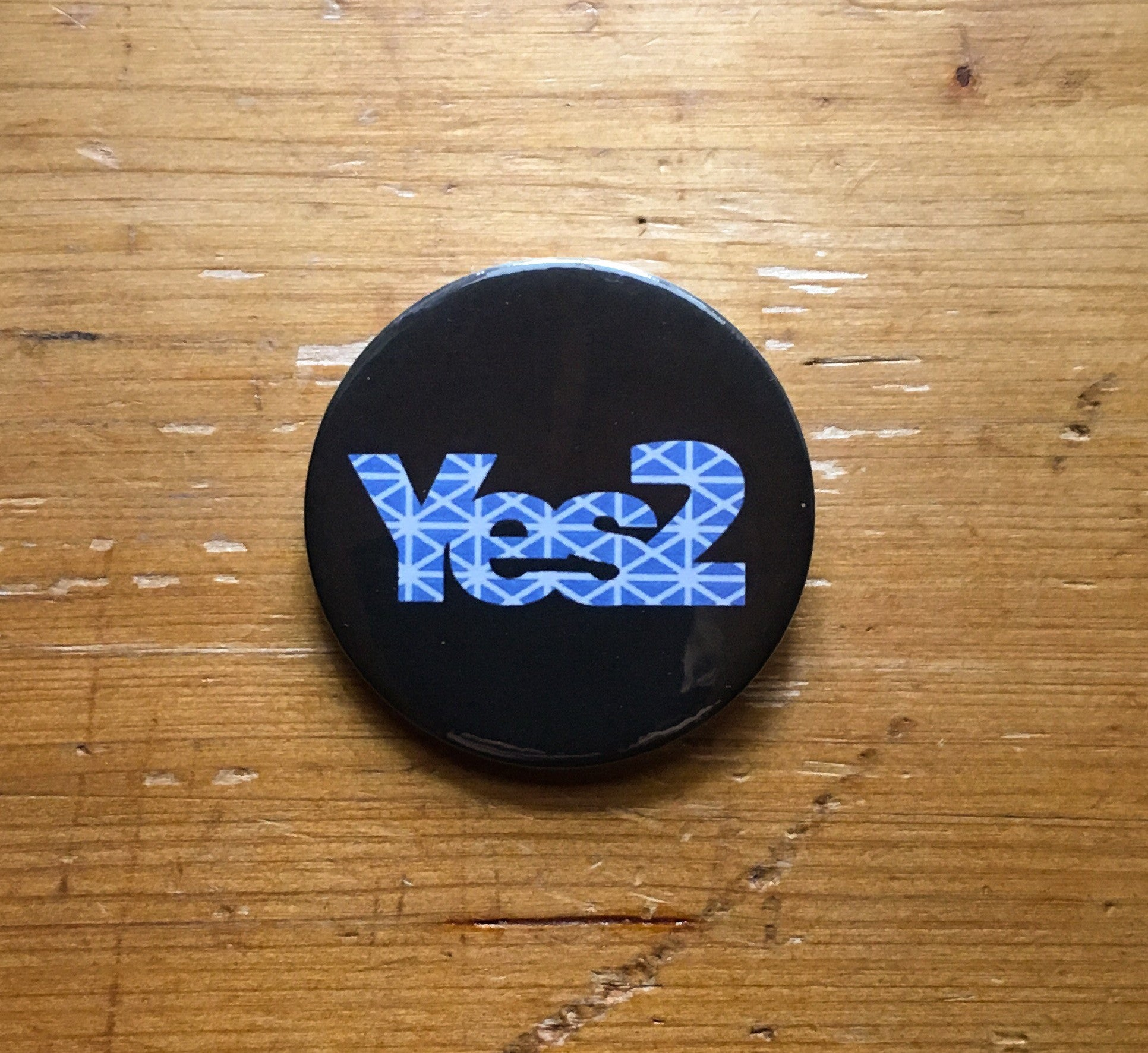 Yes2 Black with Saltire pattern, 59mm choose badge or magnet