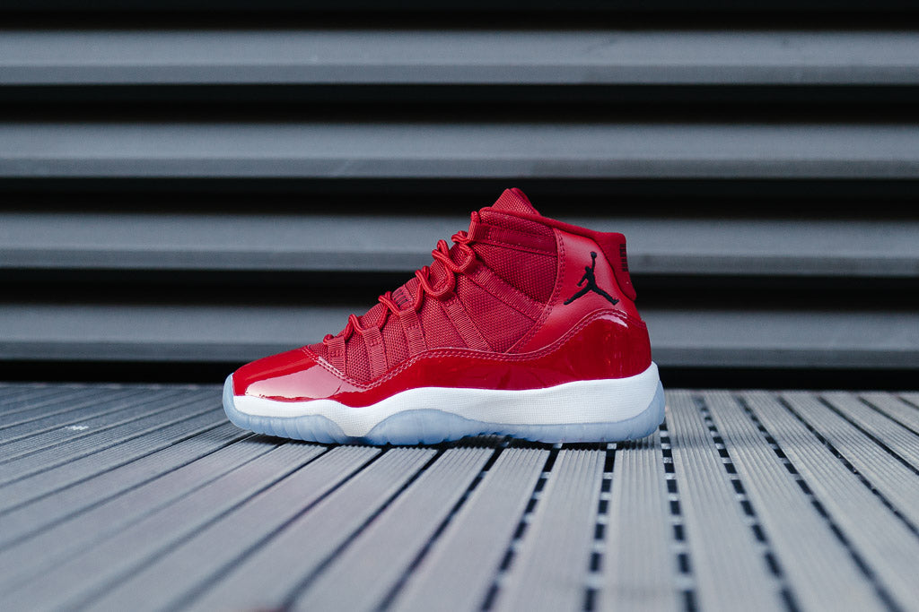 Releasing on 09 12 17 at 08 00 am GMT and are priced at £170 for adults 066144bc9
