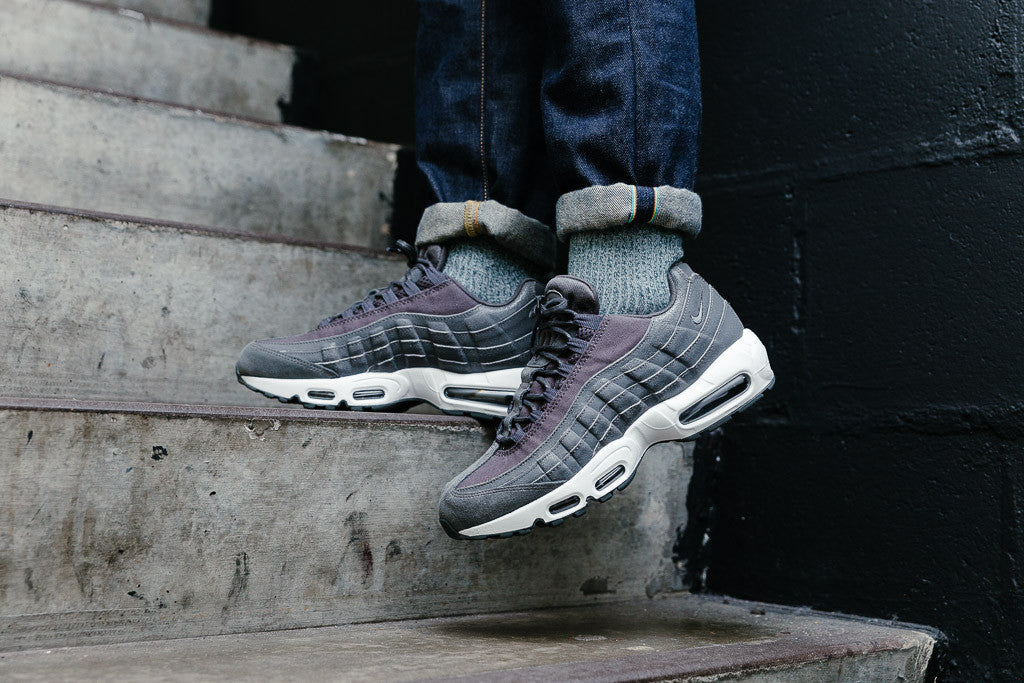 Nike Air Max 95 Premium WMNS in Midnight Fog / Matte Silver 807443-005 available now on Sale at Soleheaven