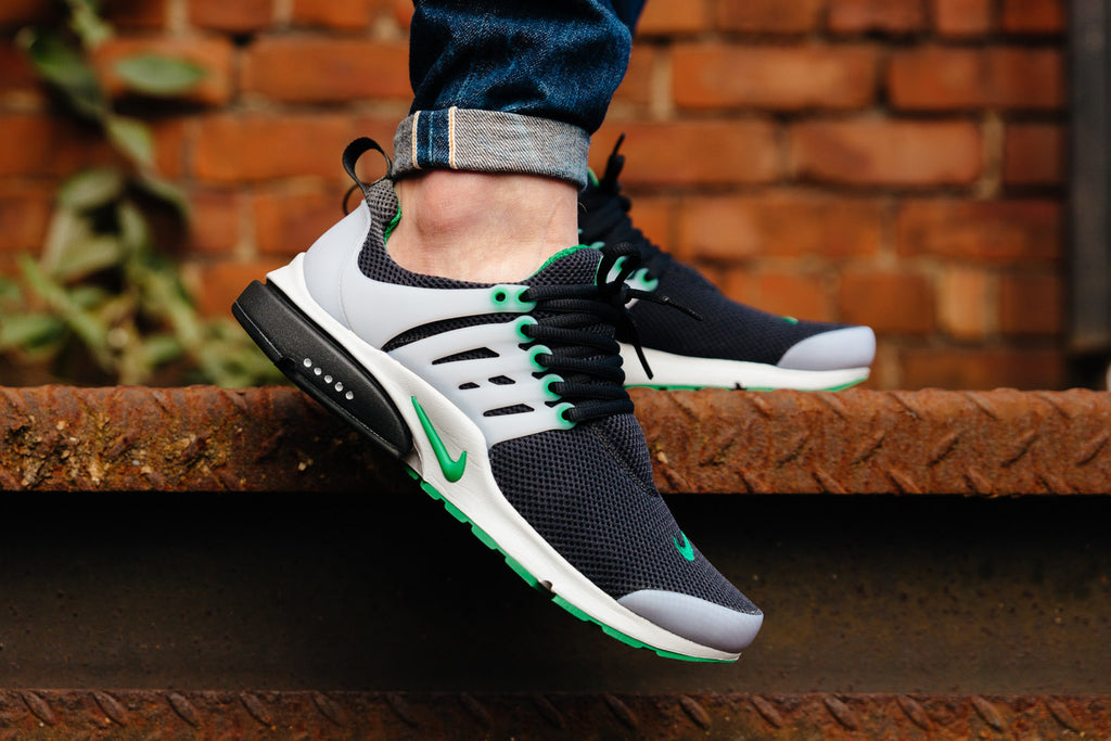 PINE GREEN Nike Air Presto Available NOW