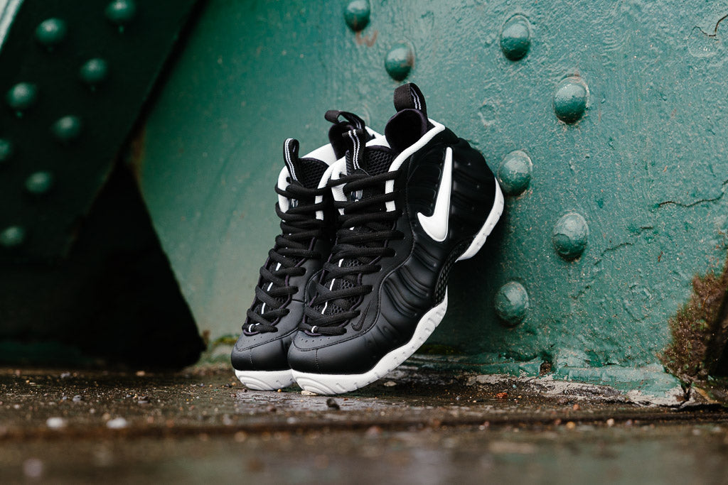 News if you didnt know what you wanted for christmas you do now nike is once again releasing the classic foamposite pro dr doom colour way sciox Images
