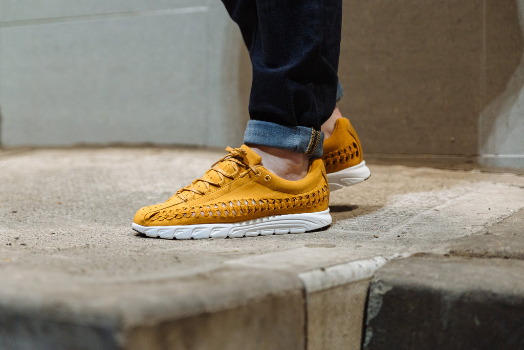 On the foot image of Nike Mayfly 'Woven' Bronze
