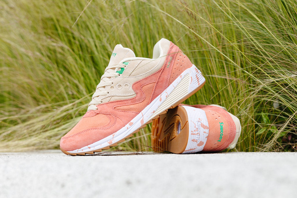 Shop the Saucony GRID 8000 now with Soleheaven
