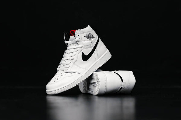 Air Jordan 1 Retro High OG 'Yin Yang' 555088-102