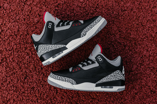 Air Jordan 3 Retro OG 'Black Cement' 854262-001
