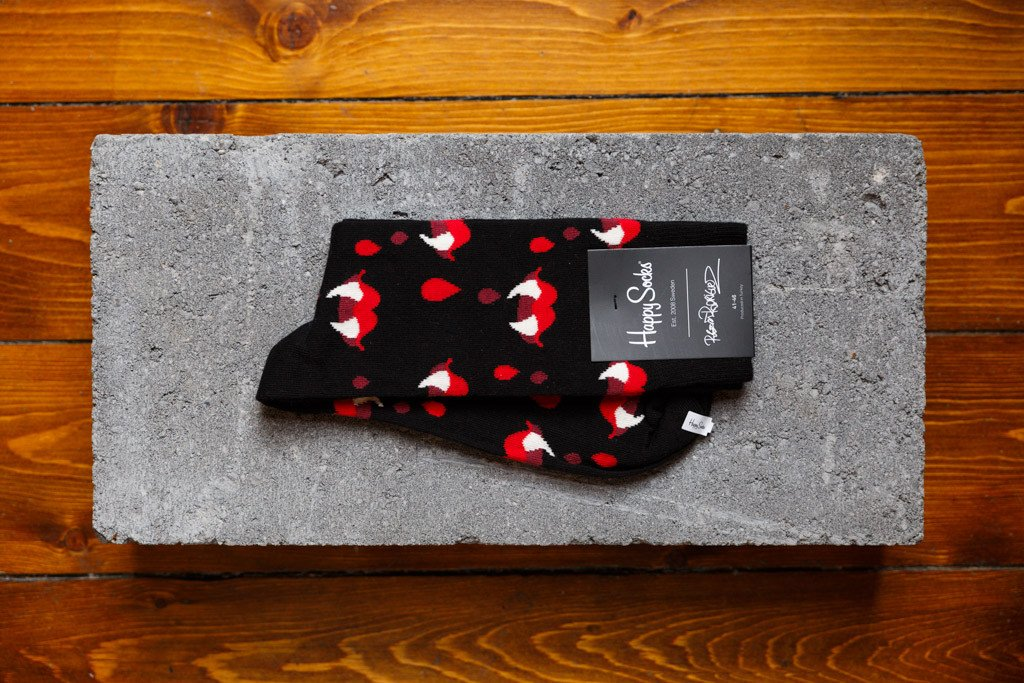 Happy Socks X Roberto Rodriguez 'Fangs & Blood' - soleheaven digital - 1