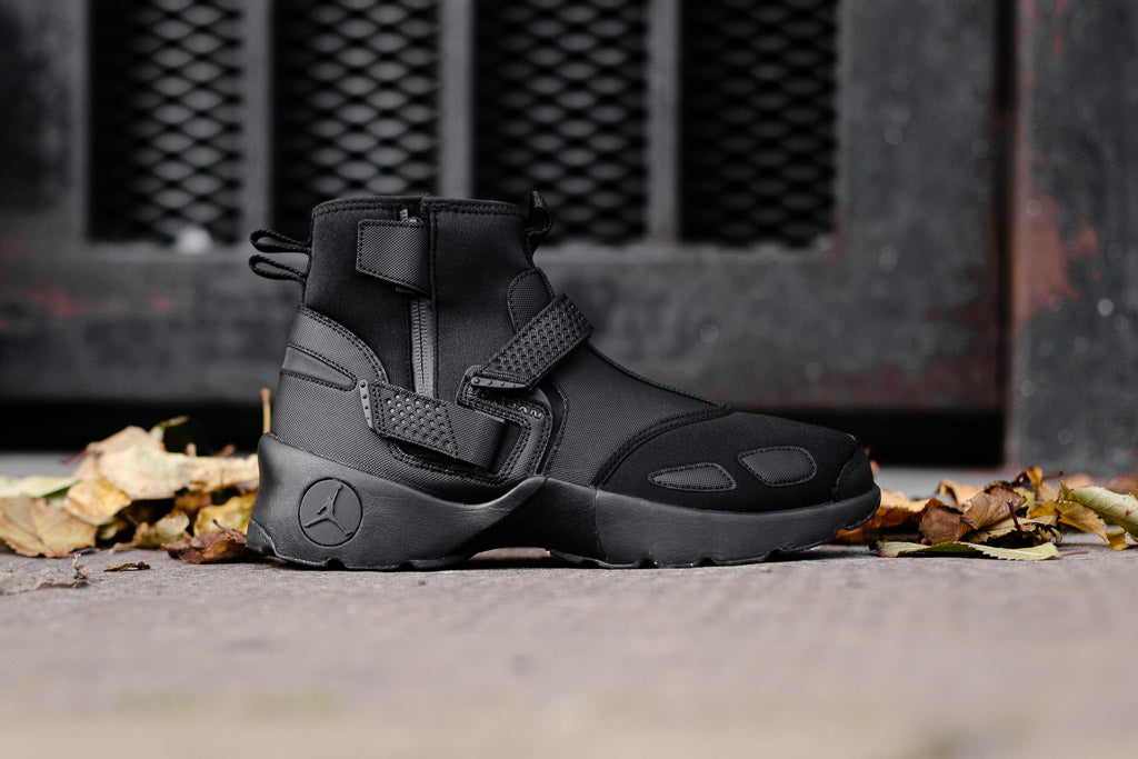Air Jordan Trunner LX High AA1347-010
