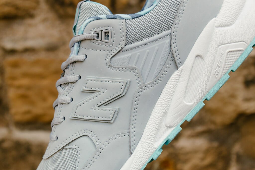 New Balance WRT580CG