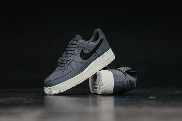 Nike Air Force 1 '07 AA4083-006