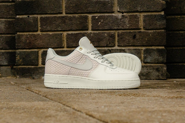 Nike Air Force 1 LV8 '07 823511-100