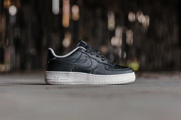Nike Air Force 1 LV8 GS 820438-012