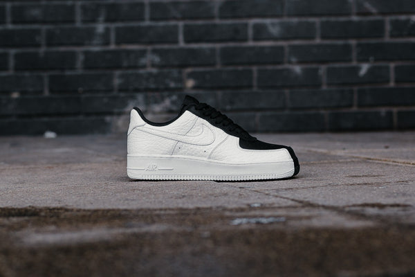 Nike Air Force 1 '07 Premium 'Split' 905345-004