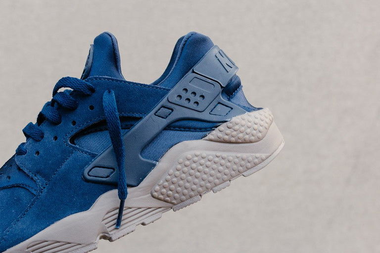 Nike Air Huarache Run SE 852628-400 - soleheaven digital - 3