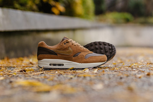 Nike Air Max 1 Premium Leather AH9902-200, Running, Nike - SOLEHEAVEN