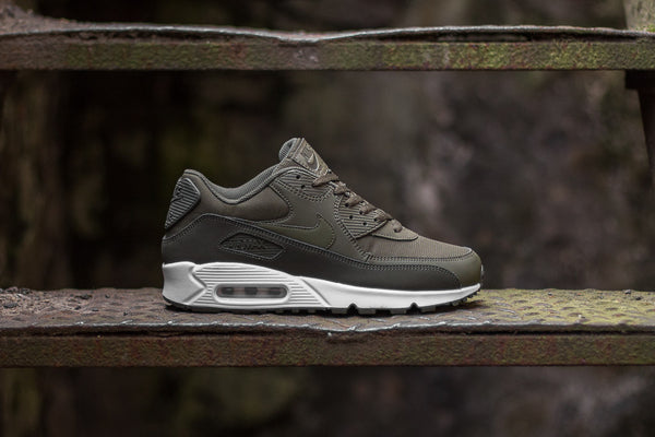Nike Air Max 90 Essential 537384-310