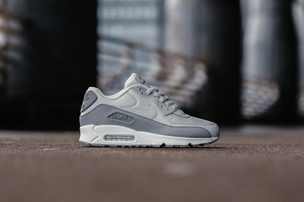 Nike Air Max 90 Essential 537384-088