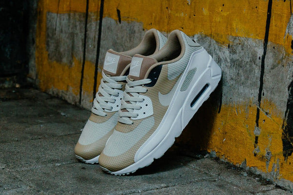 Nike Air Max 90 Ultra 2.0 Essential 875695-005