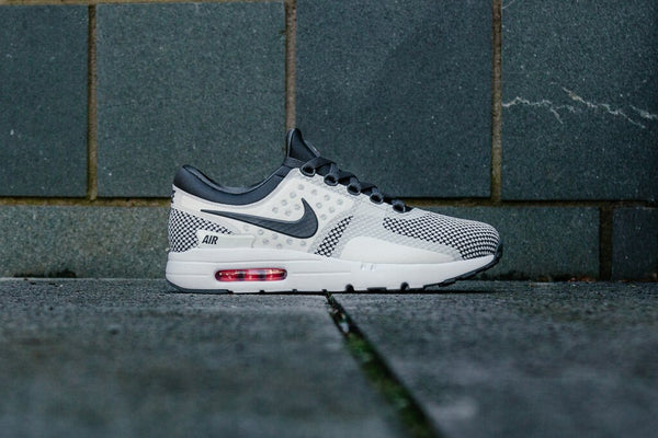Nike Air Max Zero Essential 876070-008