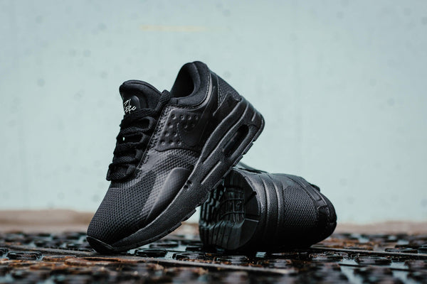 Nike Air Max Zero Essential PS 881226-006