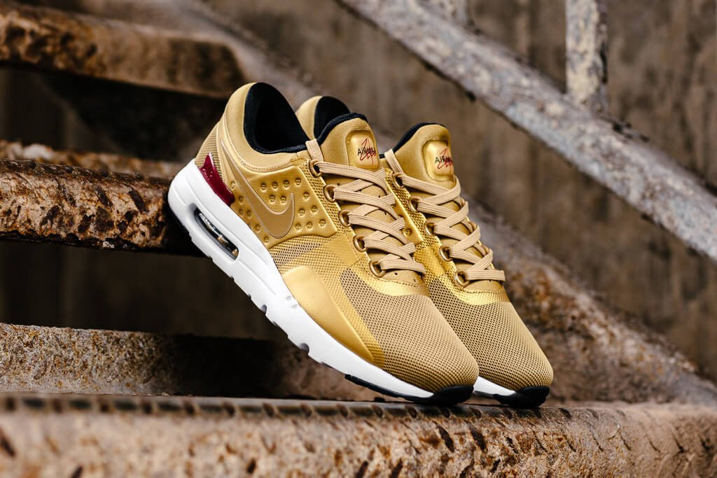 nike air max zero gold men's