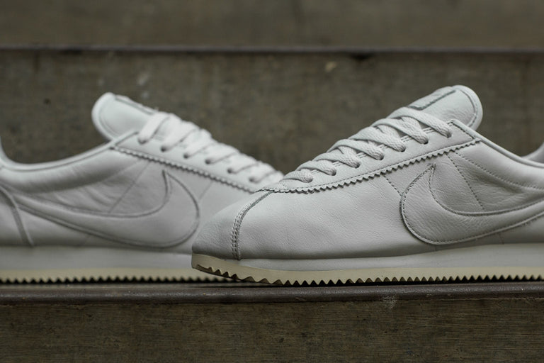 wholesale dealer fed70 a6424 ... Nike Classic Cortez Premium 807480-102 Nike Classic Cortez Premium  Leather ...