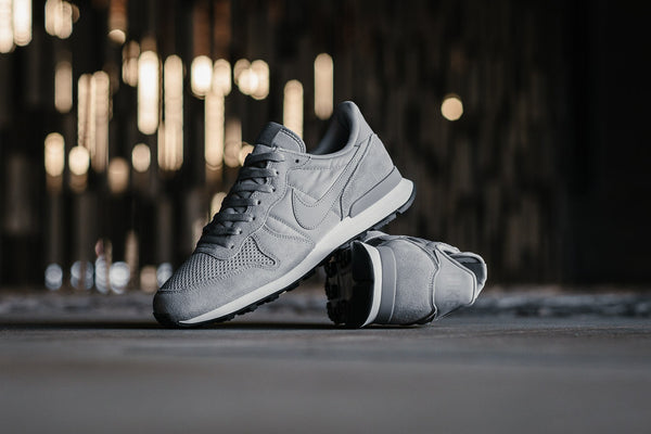 Nike Internationlist SE AJ2024-001