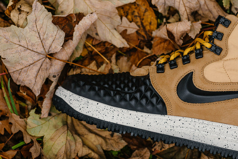 nike lunar force 1 duckboot black tan 916682 701
