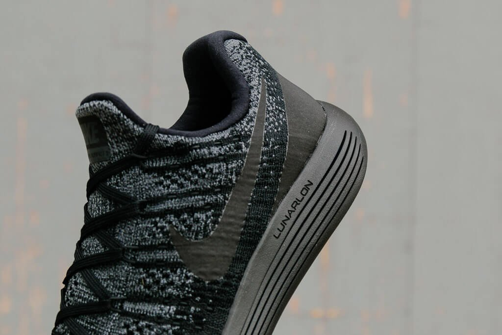 Nike Lunarepic Low Flyknit 2 863779-004