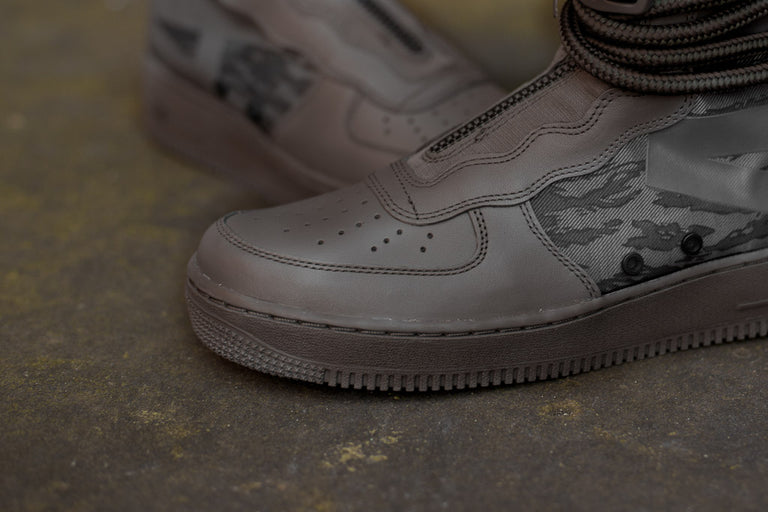 Nike SF Air Force 1 HI AA1128-203