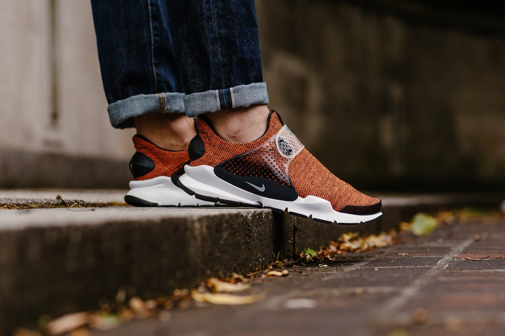 ... Terra Orange 911404-801 Nike Sock Dart SE 911404-801 e81930bf5b
