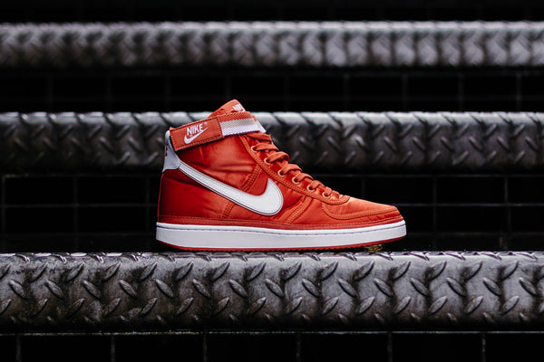 Nike Vandal High Supreme 318330-800, Basketball, Nike - SOLEHEAVEN