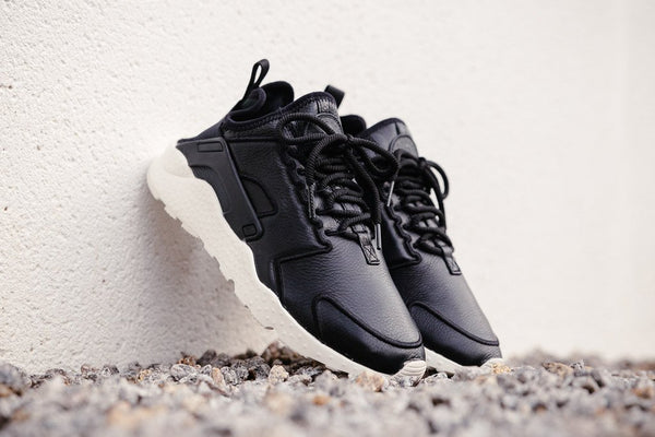 Nike Air Huarache Ultra SI WMNS 881100-001 - soleheaven digital - 1