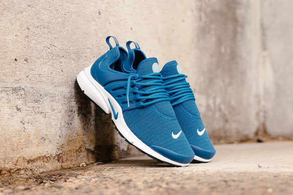 Nike Air Presto WMNS 878068-402 - soleheaven digital - 1