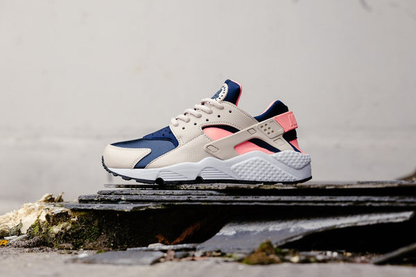 Nike Air Huarache Run WMNS 634835-111 - soleheaven digital - 1
