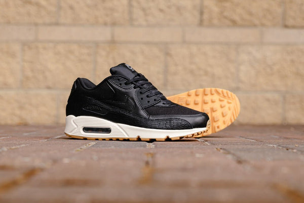 Nike Air Max 90 PRM Leather WMNS 904535-001, Running, Nike - SOLEHEAVEN