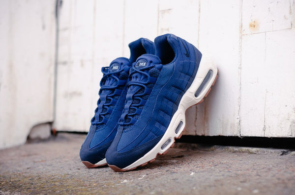 Nike Air Max 95 WMNS 307960-400 - soleheaven digital - 1