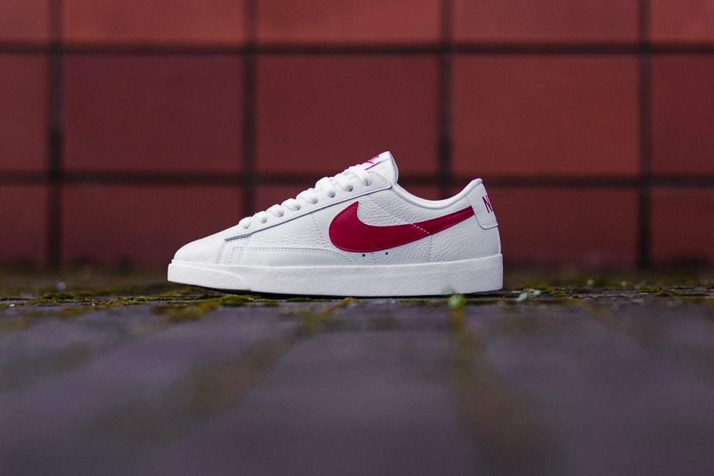 ... red white sail nike blazer low premium wmns 454471 105 top fashion  ac255 ... 141bd1ab2