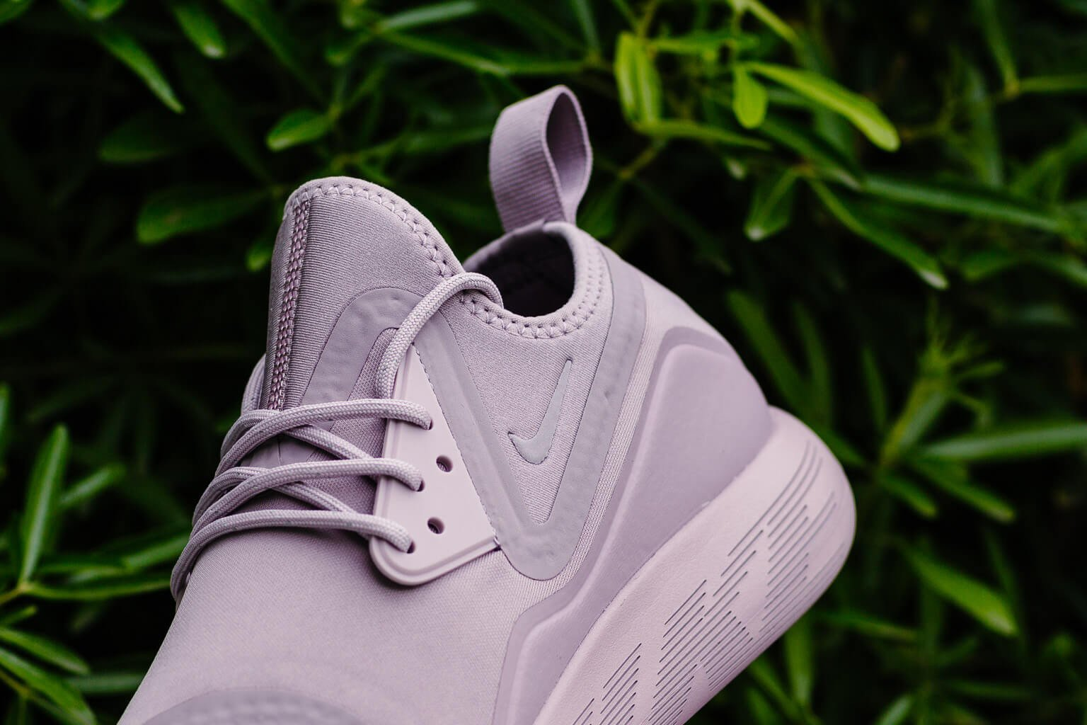 Nike Lunar Charge Essential WMNS 923620-501