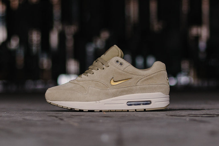 Nike Air Max 1 Premium SC Neutral Olive Desert Sand Metallic Gold 918354201
