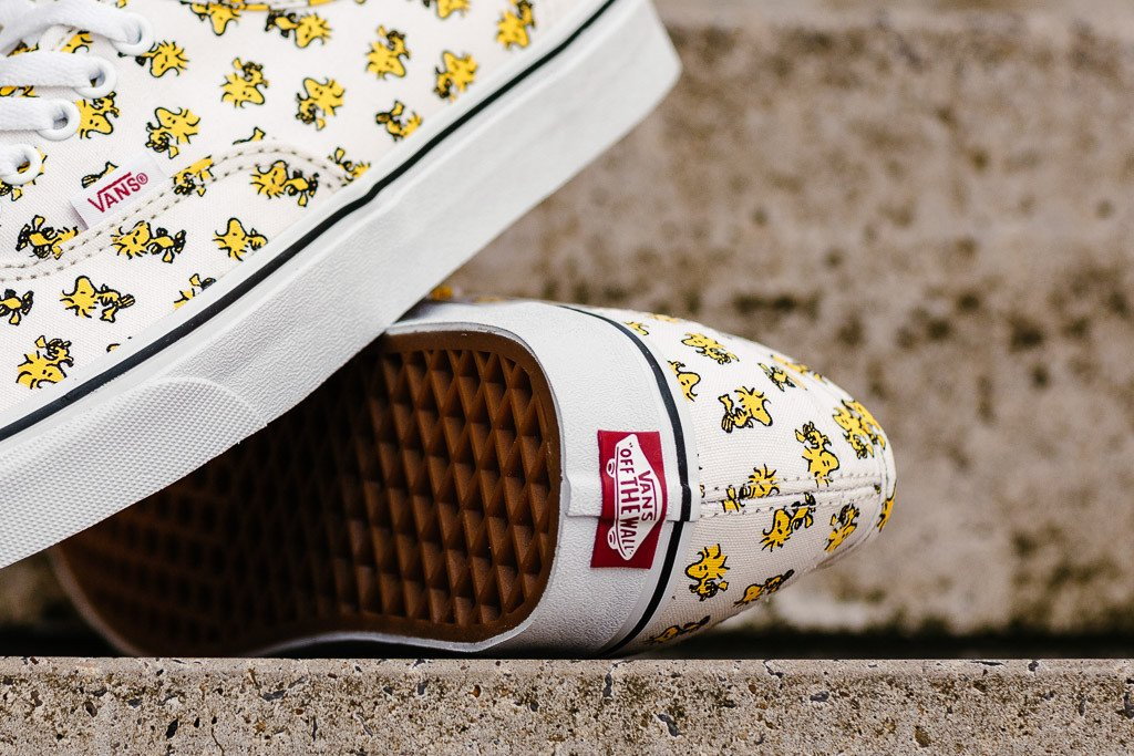 Vans x Peanuts Authentic 'Woodstock' VA38EMOQZ