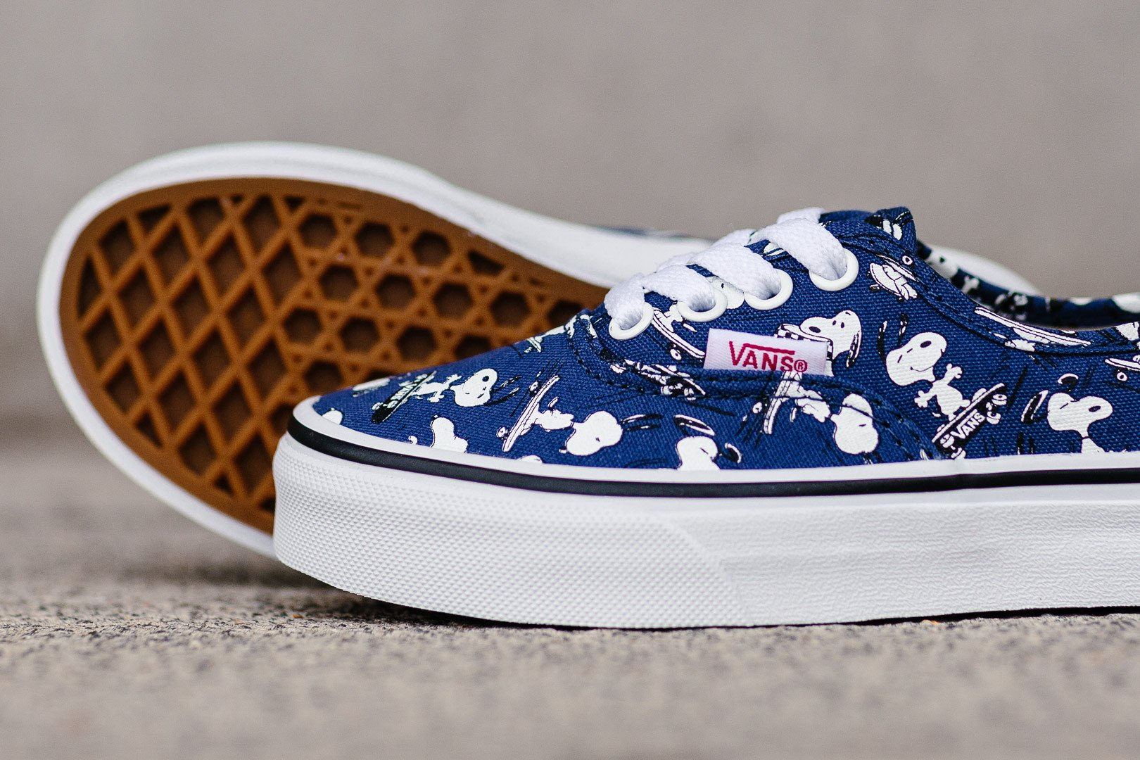 e7a48037b4ae kids skate shoes vans   Come and stroll!