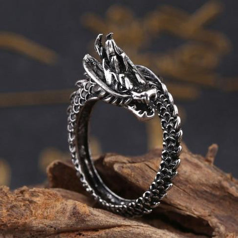 Free Black Bearded Dragon Ring
