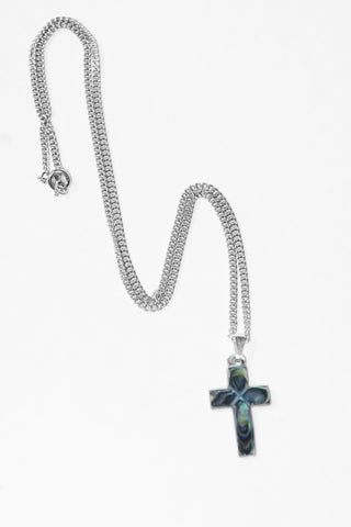 Green Cross Nacre Necklace