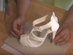 Making Stilleto Shoe in Gumpaste