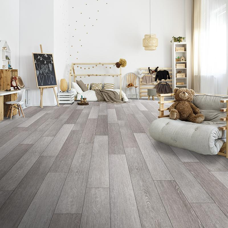 Quest Endless Summer Oak Luxury Vinyl