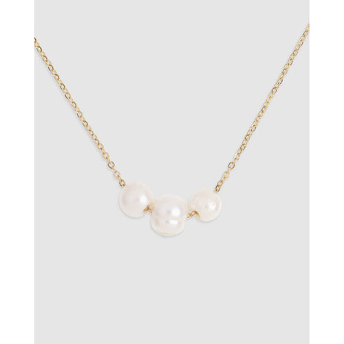 Eva Freshwater Pearl Necklace