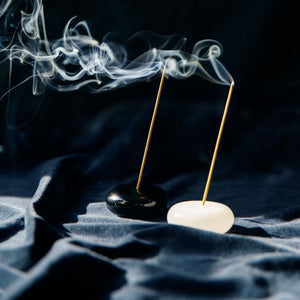 Le Galet - Pebble Incense Holder - Black